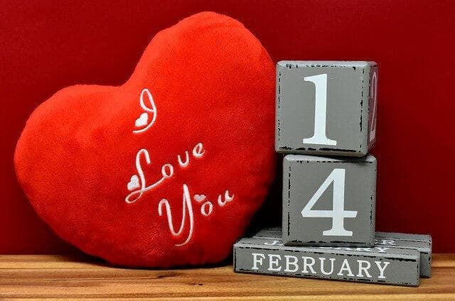 איך להפתיע את בן הזוג ביום האהבה?
