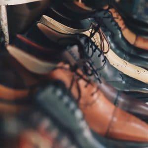 נעלים