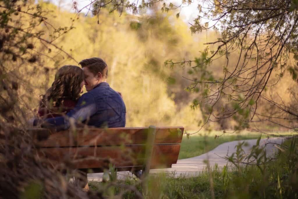 אהבה על ספסל