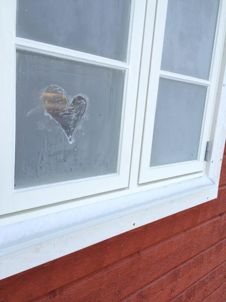 חלון האהבה