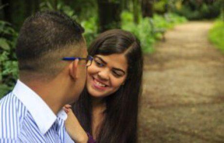 הקשר בין מגע בין בני זוג לשיפור הבריאות