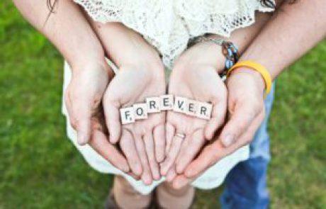 משחקי אהבה לזוגות להגברת הרומנטיקה