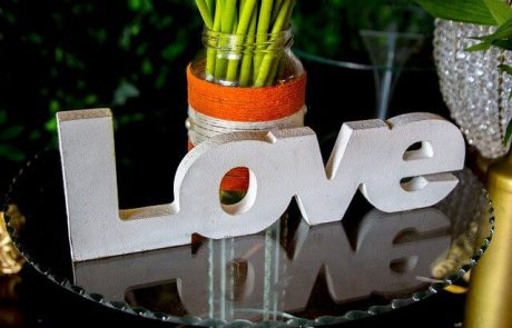 9 סימנים לאהבה