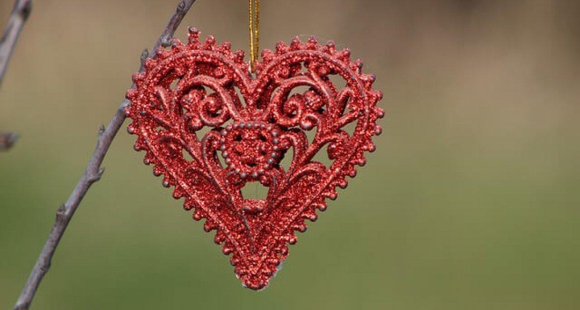 17 הודעות אהבה מרגשות בין בני זוג